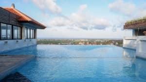 Moonsun Restaurant, Nikmati Paket Renang Murah Dengan Pemandangan Wow di Bali