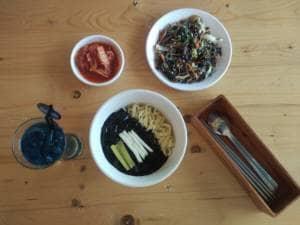 Chingu Korean Fan Cafe :  Kafe dengan Miniatur Kota Seoul di Jogja