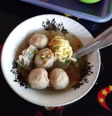 Lezatnya Kuliner Bakso Pak Irul di Kebonrojo Kota Blitar Jawa Timur