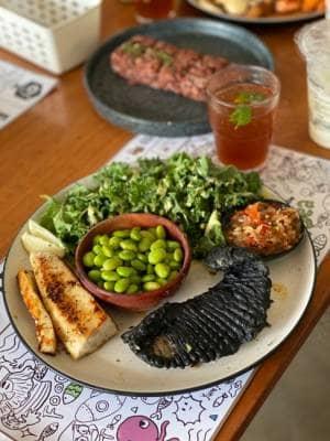 1st black fish n chips di Indonesia dari O!Fish... rasanya GILAAAAA