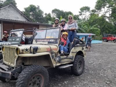 Offroad Seru dan Mengedukasi di Merapi Lava Tour