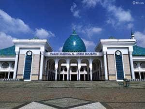 Megahnya Masjid Al Akbar yang Jadi Kebanggan Surabaya