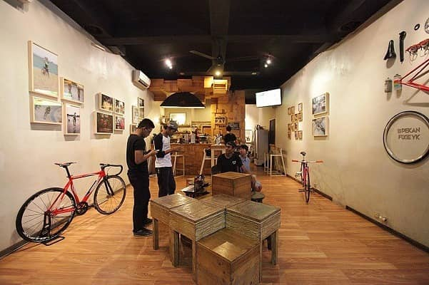 awor gallery and coffe