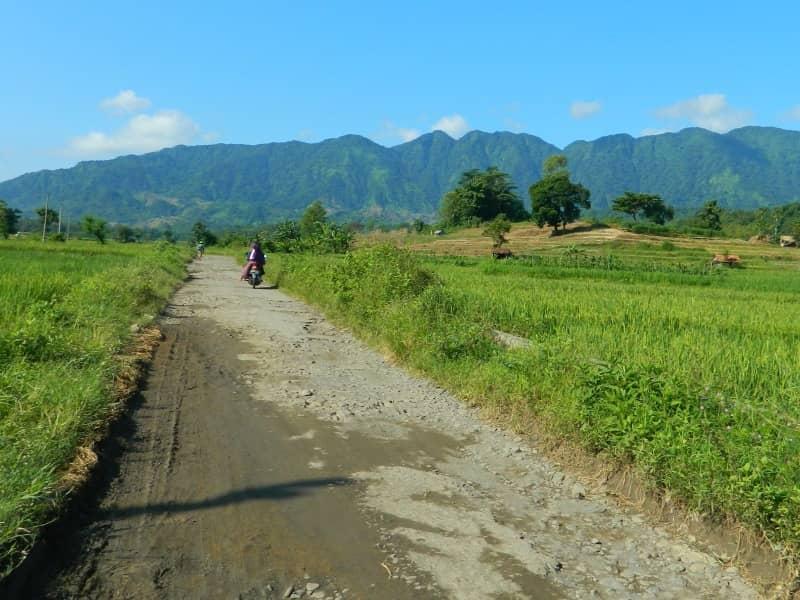 jalan menuju curug rambukasang brebes