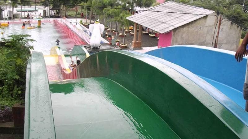 Tiara Waterpark Jember Gotravelly