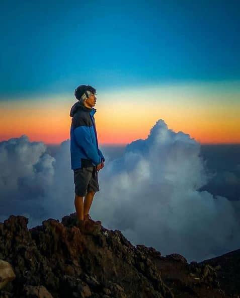 Mendaki Gunung Slamet