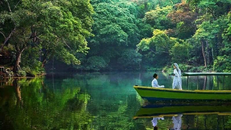 8 Wisata Alam Jawa Barat dengan Pemandangan Menakjubkan ...