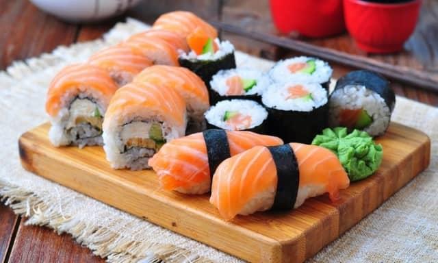 9 Makanan Tradisional Jepang Terkenal Paling Enak Makanan