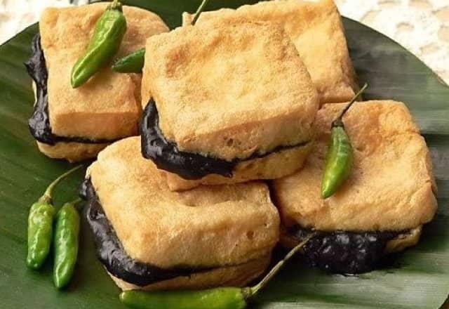 11 Makanan Khas Semarang Terkenal Paling Enak Bikin Nagih