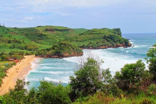 Pantai Gondo Mayit