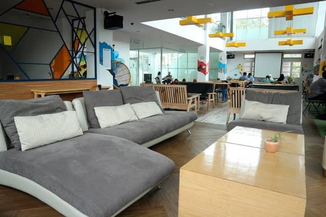 9 Tempat Nongkrong Di Bandung 24 Jam Enak Wifi Kenceng