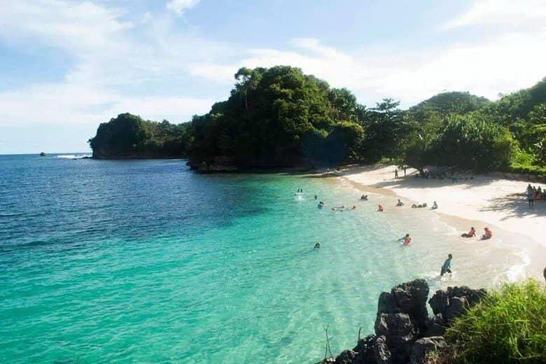 Pantai Watu Pecah