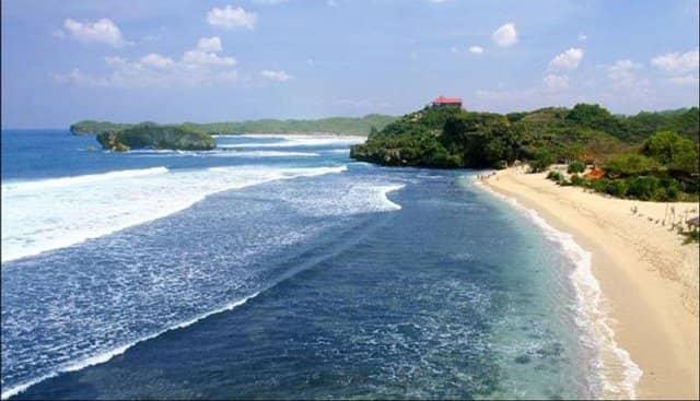 10 Tempat Wisata Pantai Di Malang Paling Indah Wisata Pantai Di Malang