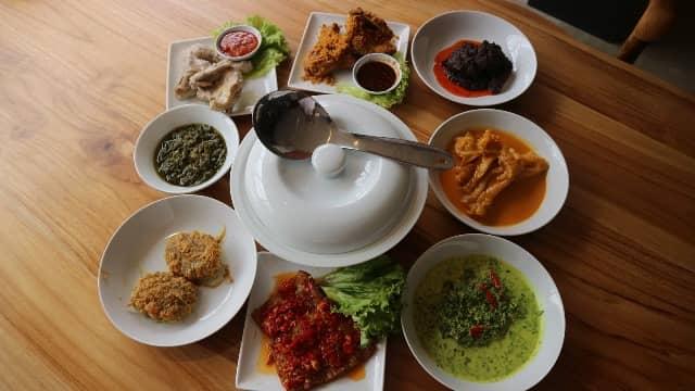 Rumah Makan Sederhana Rekomended Untuk Acara Makan Keluarga Di