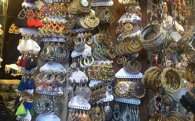 tempat beli oleh oleh di india