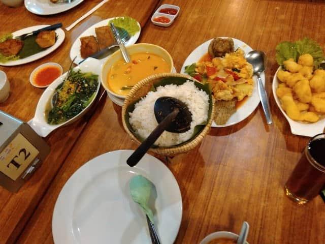 11 Tempat Makan Keluarga Di Malang Paling Enak Tempat Makan