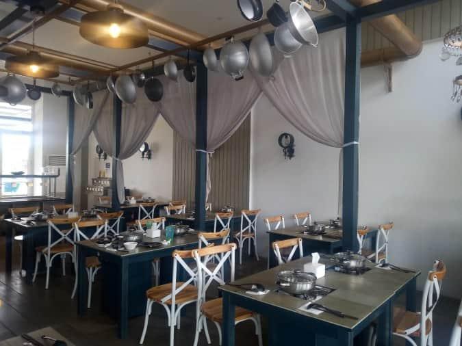 12 Tempat Makan Keluarga Di Jakarta Timur Yang Enak Banget Tempat