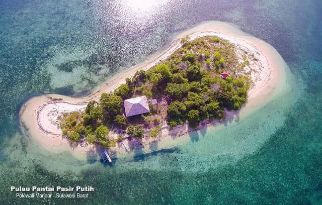 10 Tempat Wisata Keren Di Mamuju Sulawesi Barat Keindahahnnya Bikin Kamu Terharu Tempat Wisata Keren Di Mamuju Sulawesi Barat