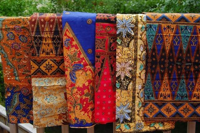 Kain Tradisional Asli Indonesia
