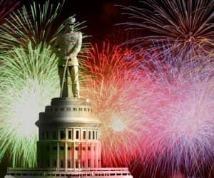 Destinasi Terbaik di Indonesia Untuk Rayakan Tahun Baru