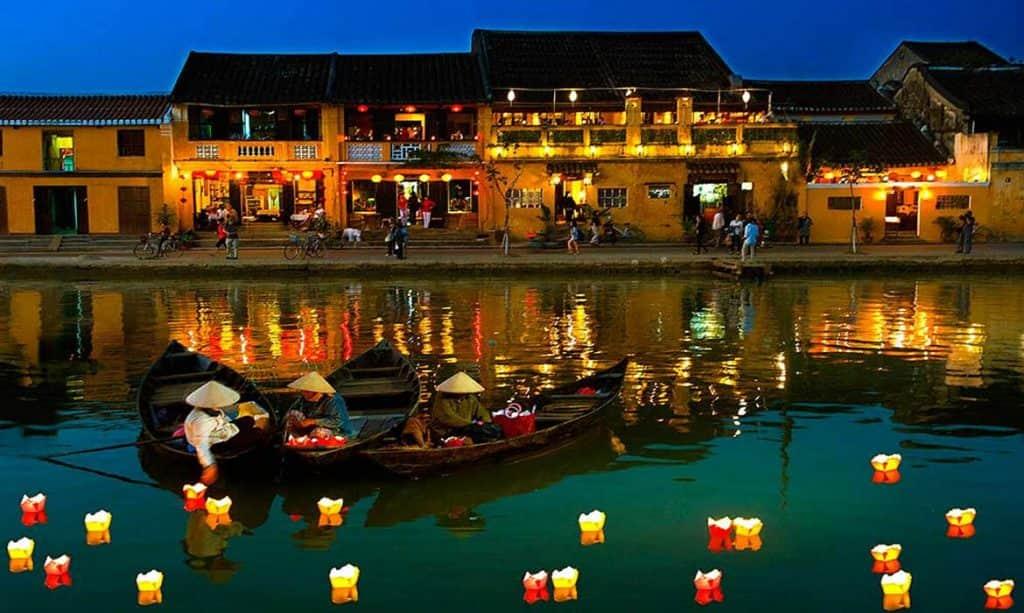tempat romantis di vietnam