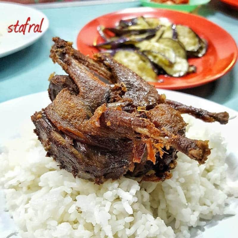 kuliner paling ramai pengunjungnya di kawasan Malioboro