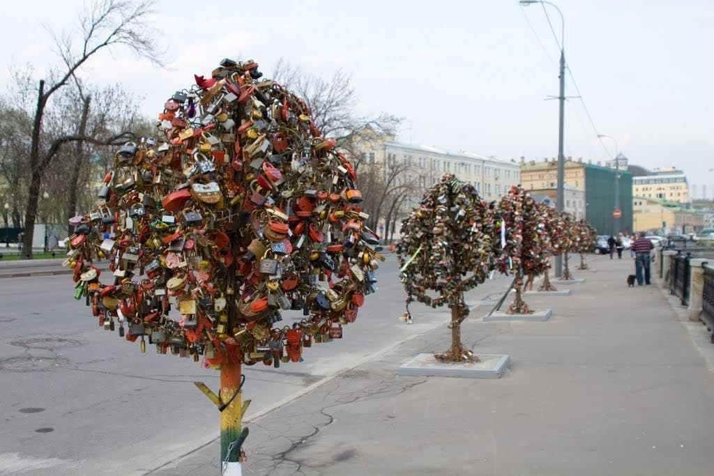 wisata gembok cinta
