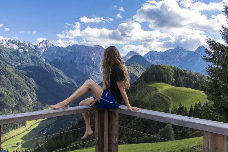 tempat wisata pegunungan Alpen