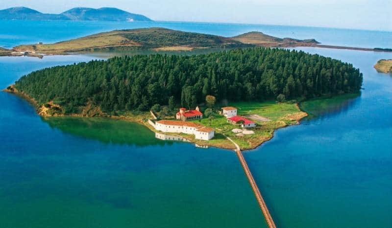 tempat wisata albania
