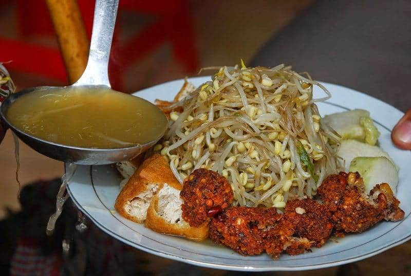 kota kuliner di indonesia