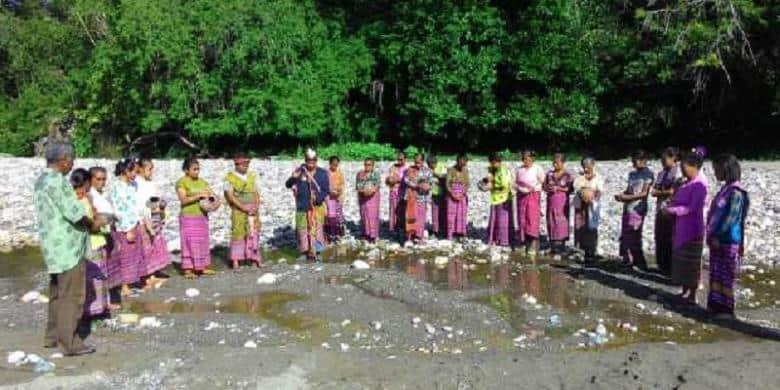 tradisi paskah di Indonesia