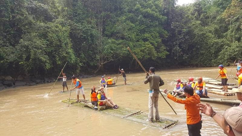 bamboo rafting si sumatera
