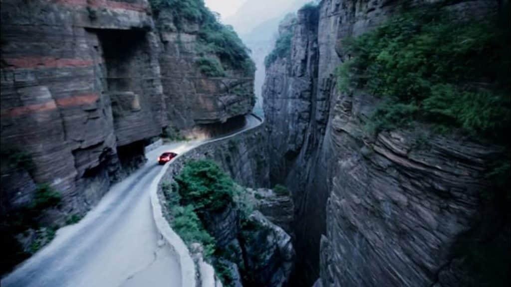 jalanan berbahaya di dunia