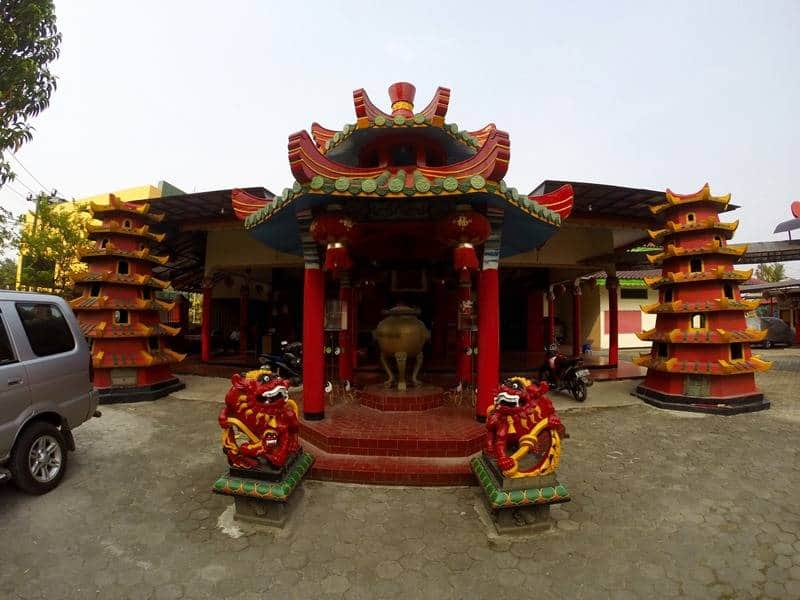 Vihara tertua di Indonesia