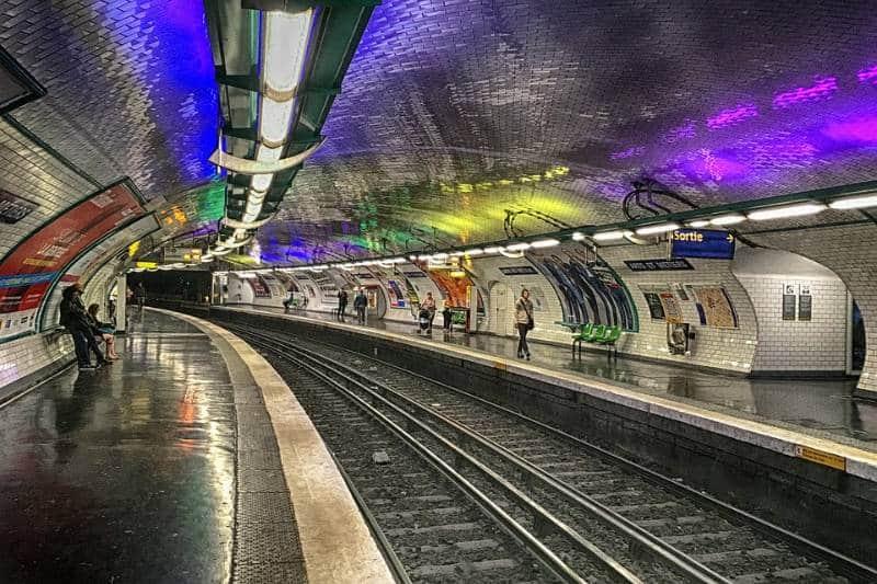 metro bawah tanah instagramable di dunia