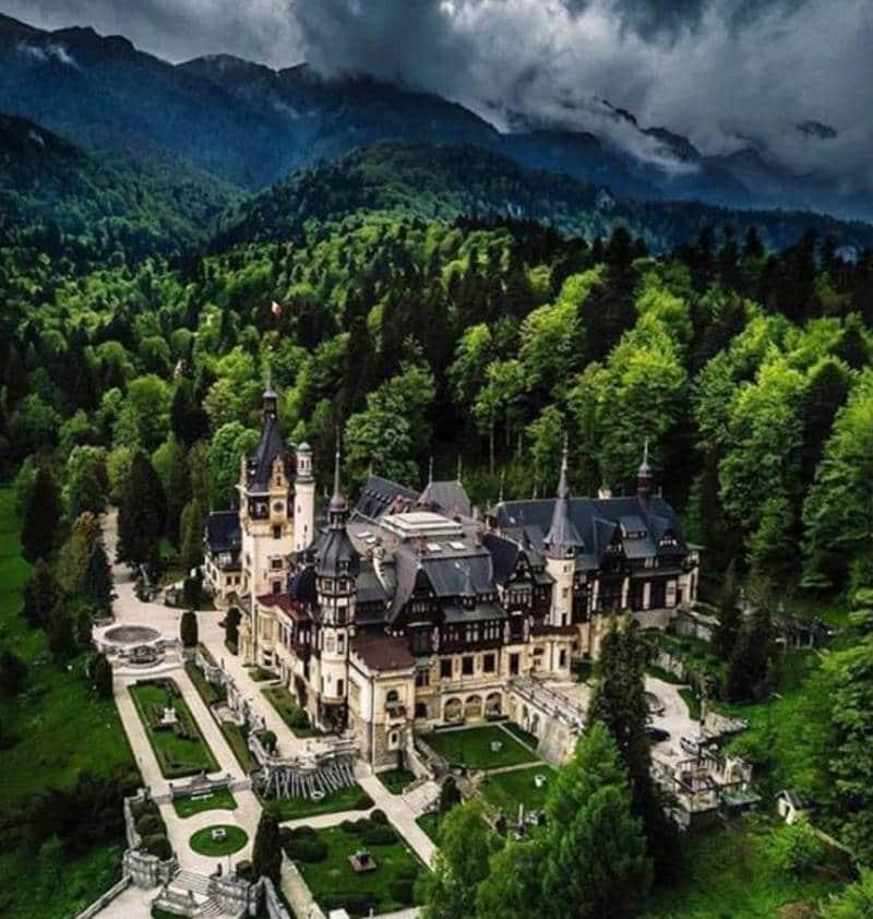 tempat wisata di rumania