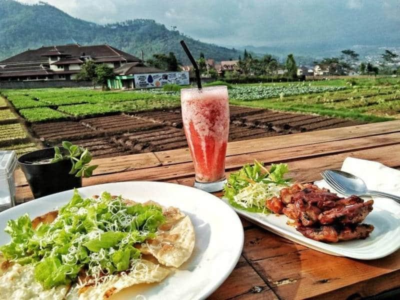 Restaurant Pedesaan di Malang