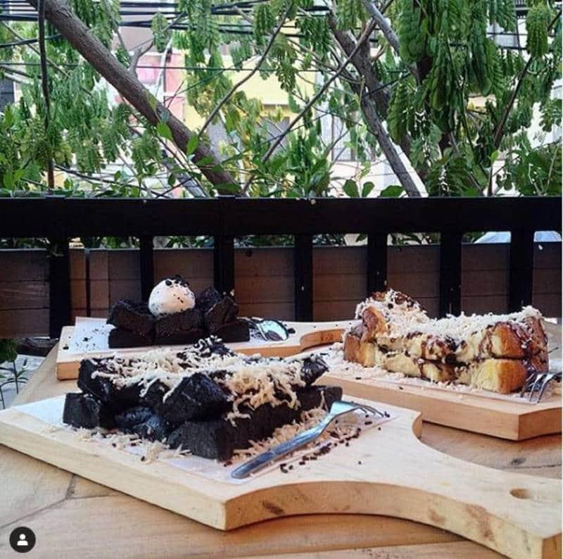 restorant serba keju di surabaya