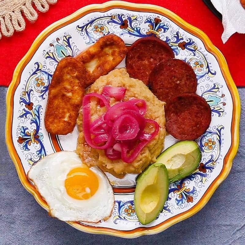 makanan khas Dominika