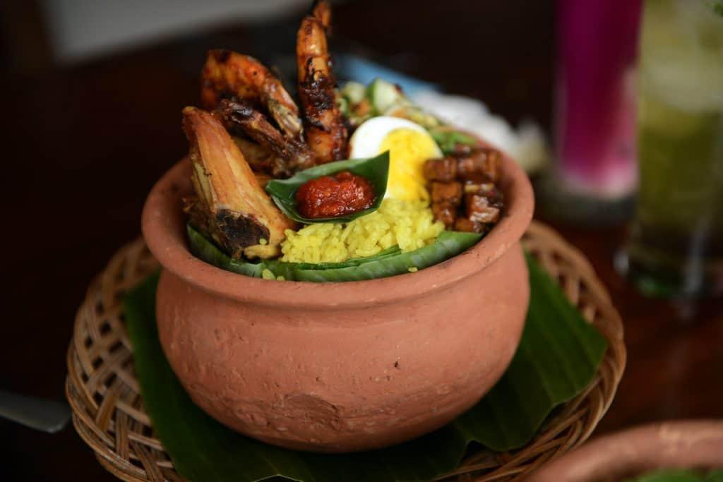 makanan khas Indonesia disajikan saat HUT RI