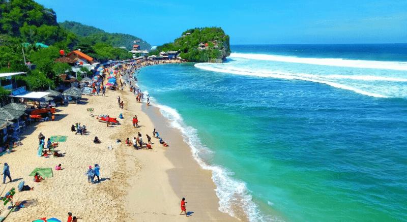 10 Pantai Paling Cantik Di Jogja Tawarkan Pemandangan Khas Pantai Selatan Pantai Indah Di Jogja