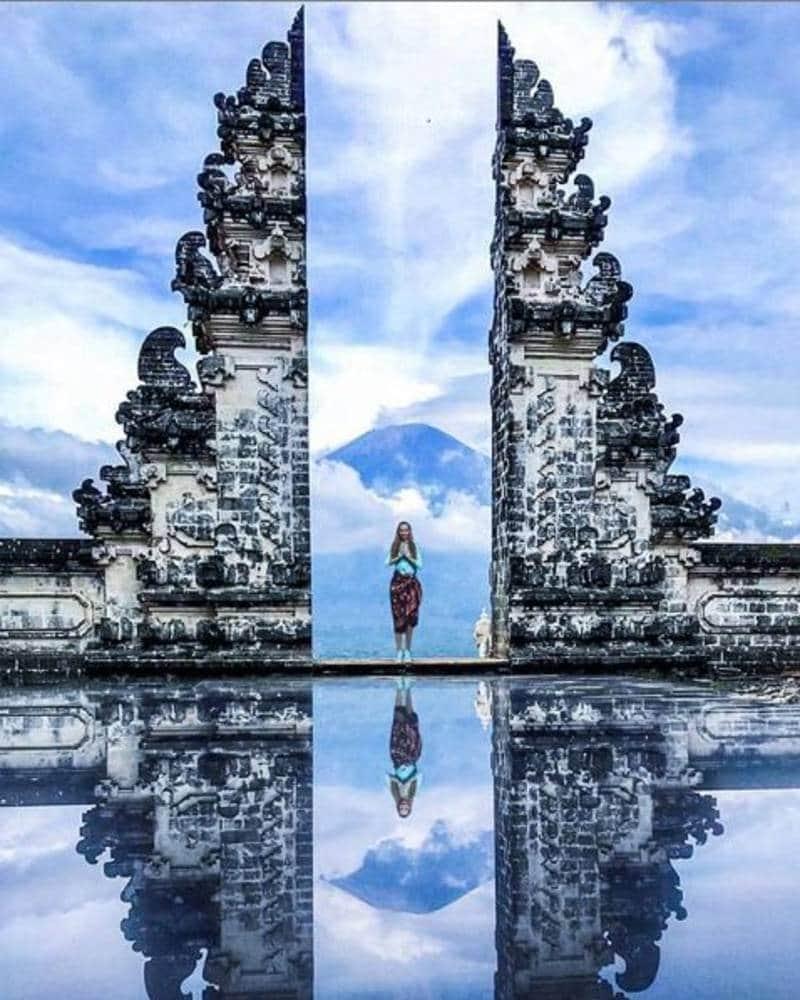 pura indah di Bali