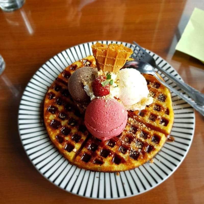 es krim enak dan legendaris di Indonesia