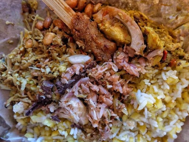 Nasi lawar Bali