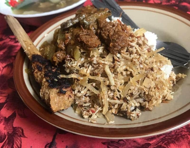 nasi lawar paling enak di Bali