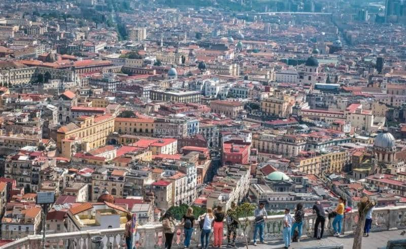 Kota Napoli 1024x629 - Italia Terkenal Dengan Romantis dan Instagramable