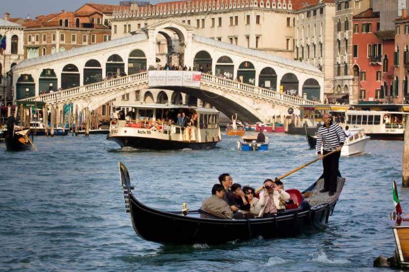 Kota Venice 1024x683 - Italia Terkenal Dengan Romantis dan Instagramable