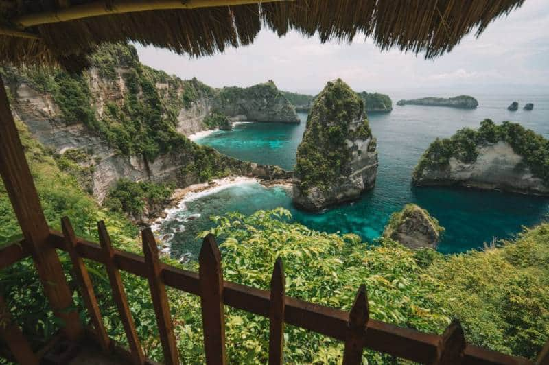 rumah kayu di indonesia