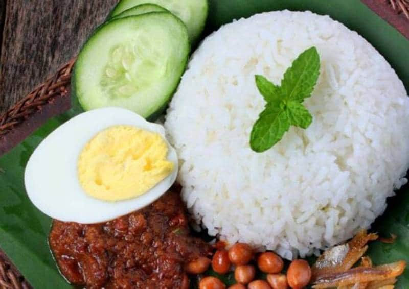 tempat makan enak di singapura