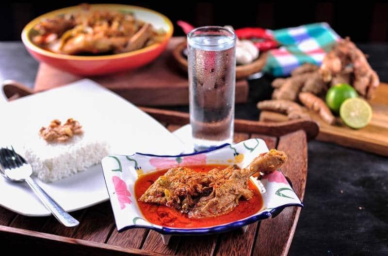 rumah makan lesehan di surabaya